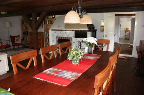 Kamin und Wohnzimmer