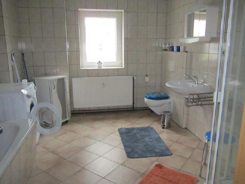 Bad Wohnung I