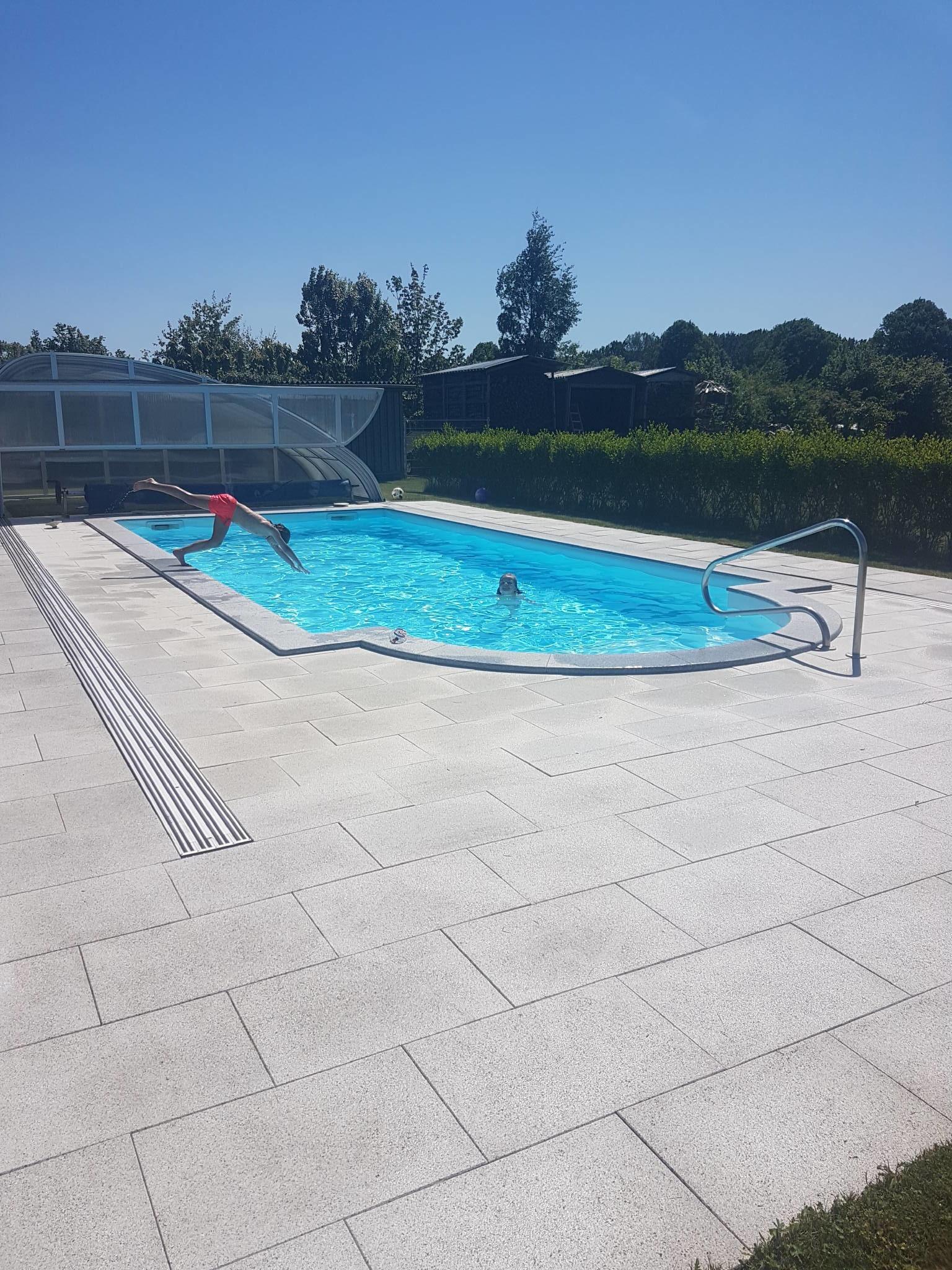 Pool 4m x 8m beheizt von Mai bis Oktober