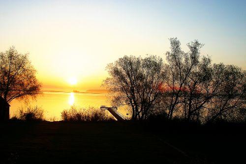 Sonnenaufgang - Bootsteg an der Müritz