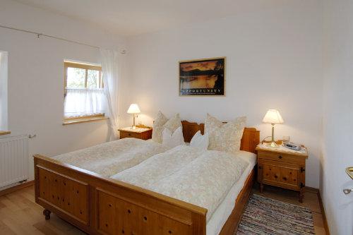 Ruhiges Schlafzimmer (Wohnbeispiel)