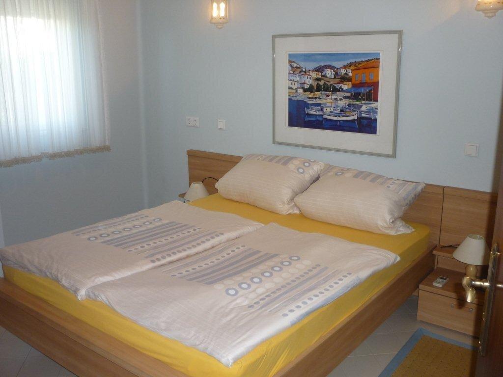 Schlafzimmer 3 Rechts