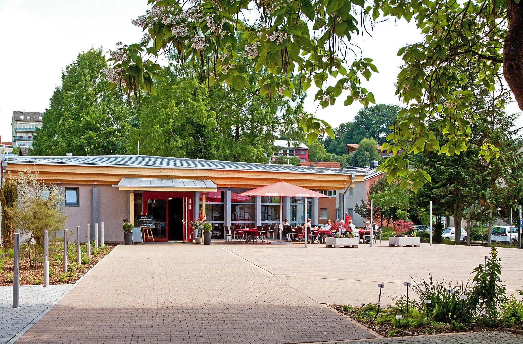 Neue Wandel-und Kulturhalle Bad K�nig