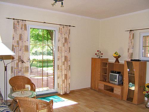 Wohnzimmer und Terrassenausgang
