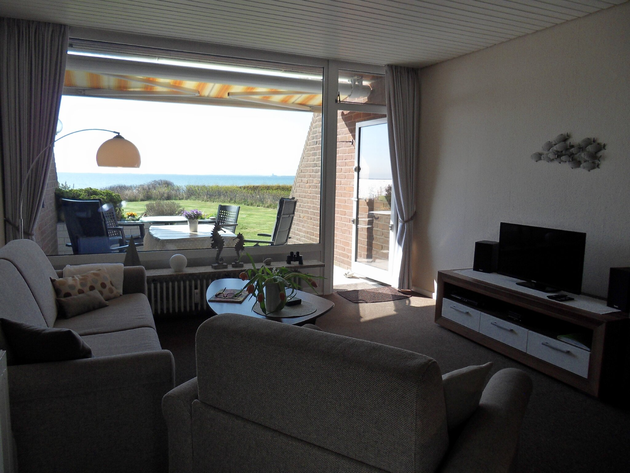 Wohnzimmer zur Seeseite