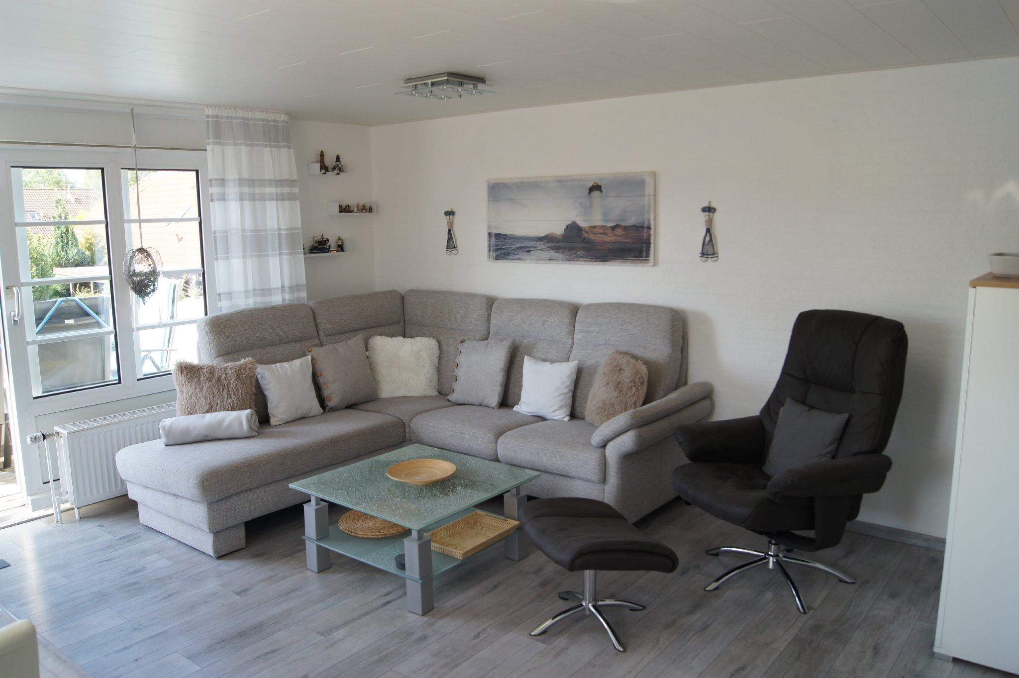 Esstisch mit 4 Stühlen und Aussicht