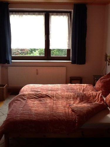 Großes Doppelbett Zimmer in fewo 1