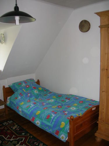 Schlafstätte rechts im Doppelbett Zimmer