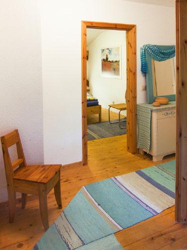 Flur zur Kornkammer u. Duschbad