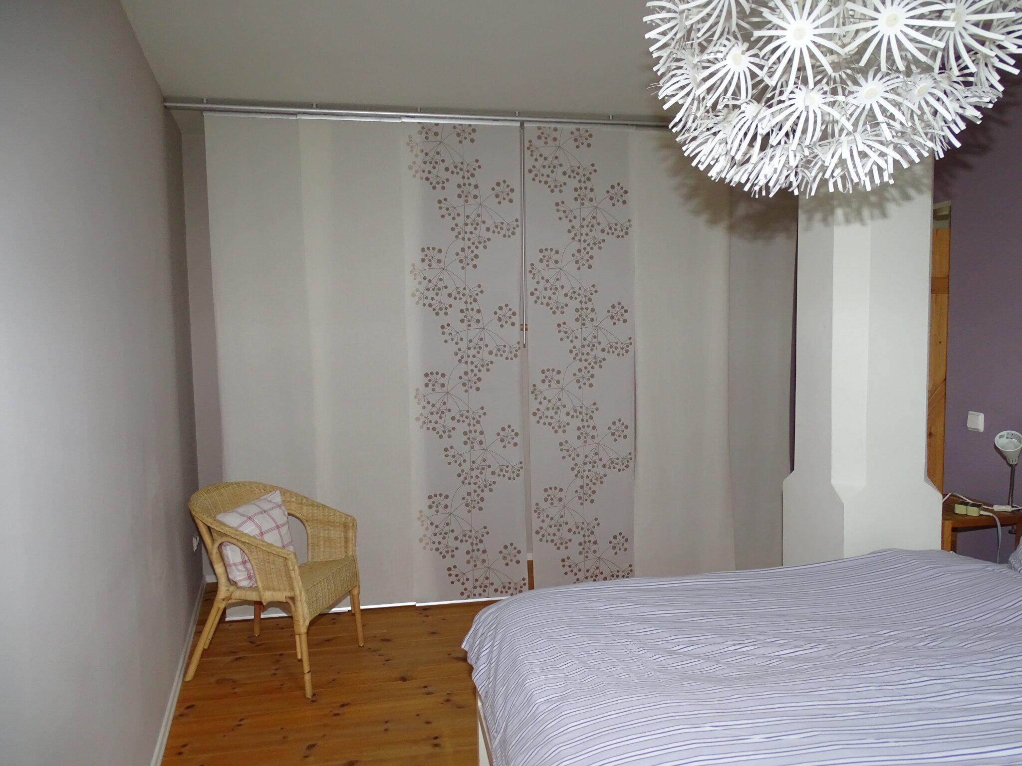 """""""Kleiderschrank"""" im Schlafzimmer"""