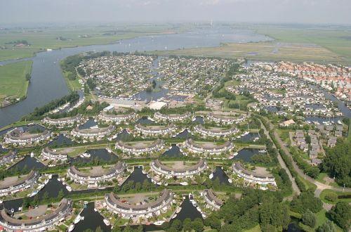 Luftfoto Anlage und Umgebung.