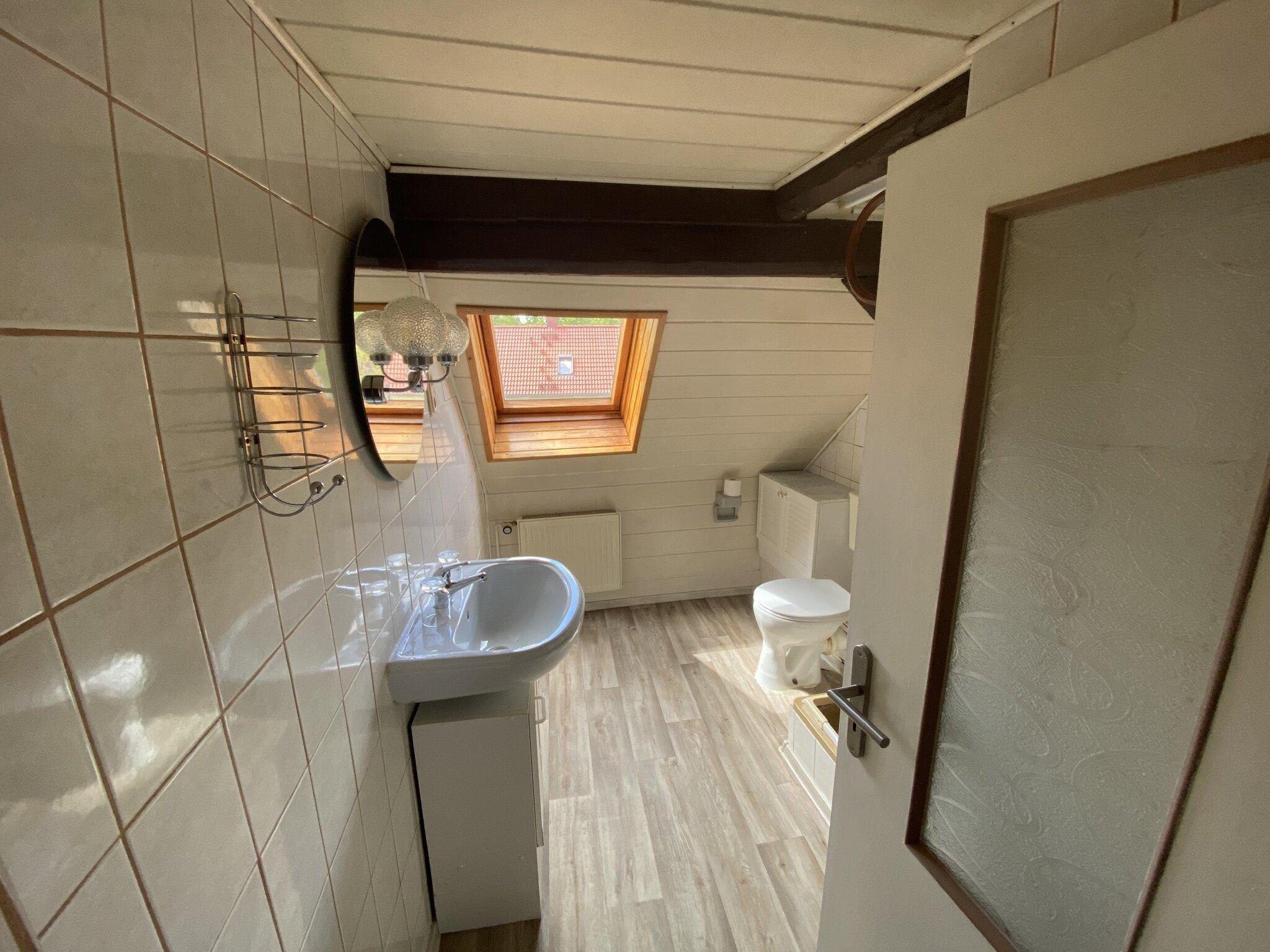 Wohnbereich mit Küchenzeile FEWO2