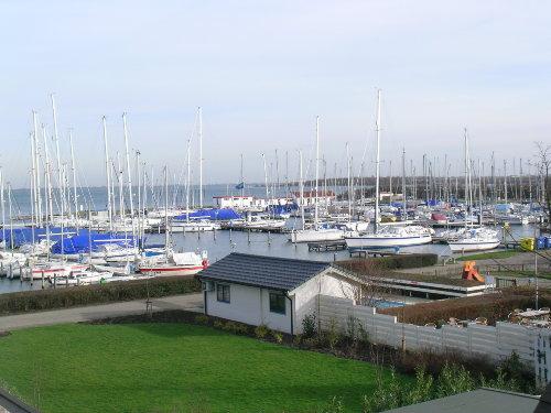 Blick in den Hafen vom Balkon