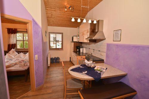 Küche mit Blick zum Schlafzimmer