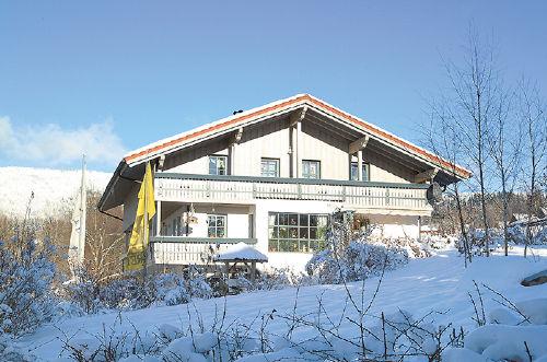 Unser Haus im Winter!