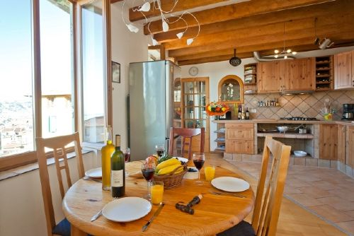 Esszimmer mit K�che/ dining room-kitchen