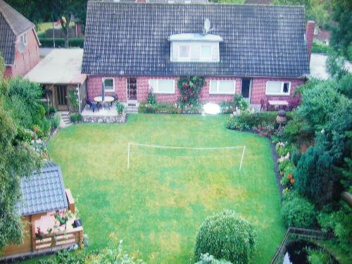 Garten, Ferienwohnung links