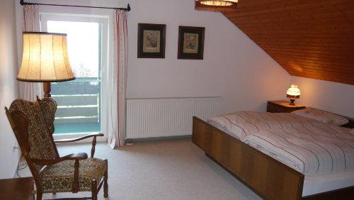 2. Schlafzimmer m. Balkonzugang