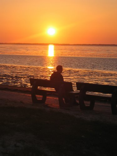 Sonnenuntergang am Ne�mersiel Strand