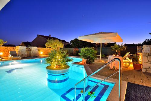 Ferienwohnung mit Pool Zadar