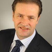 Vermieter: Dr. Ralf Rieken