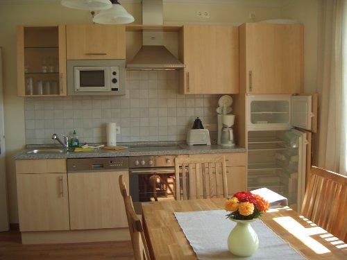 Pastorstube: komfortable Küchenzeile