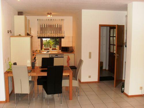 K�che und Eingangsbereich Wohnung 3