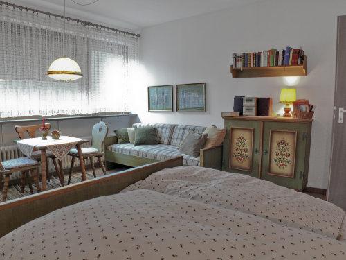 Schlafzimmer mit Schlafcouch