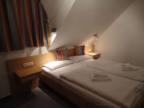 Schlafzimmer 2, Malve 2