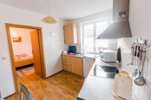 Obergeschoß-Küche,Blick ins 2-Bettzimmer