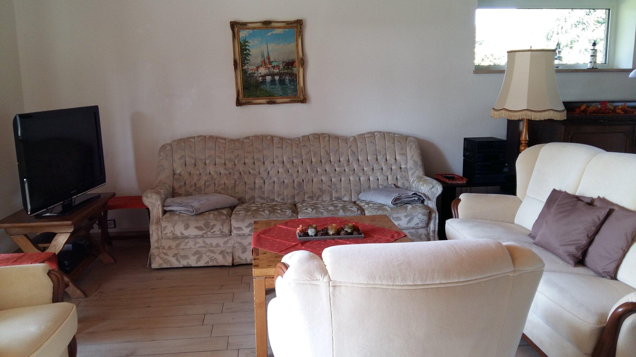 Schlafzimmer im Souterrain, Sitzgruppe
