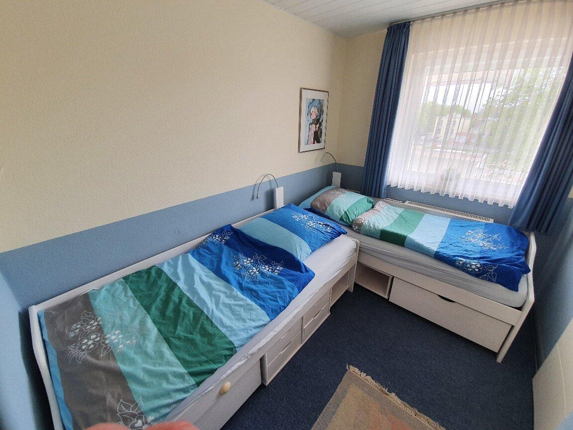 """Schlafzimmer mit Einzelbetten """"�ber Eck"""""""