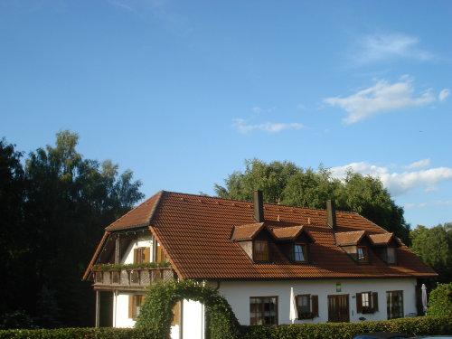 G�stehaus im Fr�hjahr