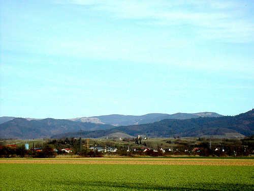 Blick auf Bugingen und den Schwarzwald