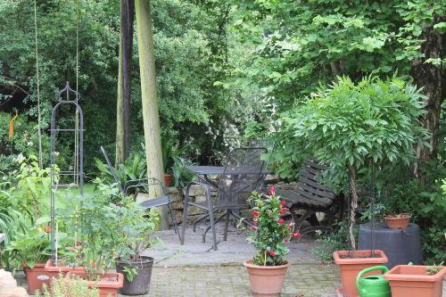 Unsere gemüdliche Sitzecke im Garten