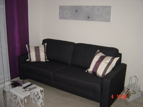 gem�tliches Sofa