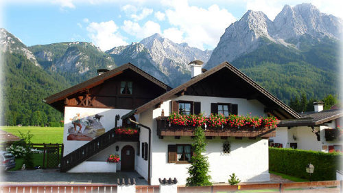 Ihr Ferienhaus mit grandiosem Bergblick