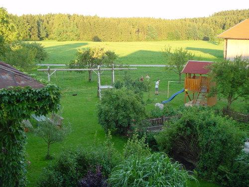 Blick vom Balkon in die Landschaft