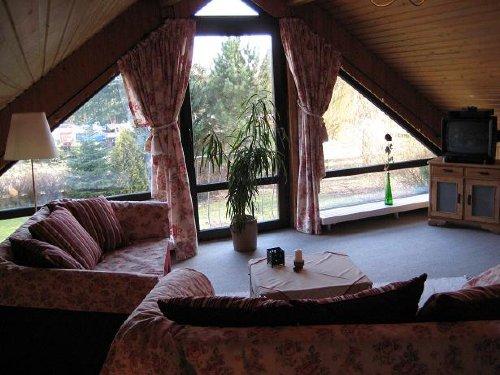 im Wohnzimmer (30 m² Grundfläche)