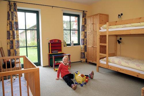 """Kinderzimmer der """"Alten Schmiede"""""""