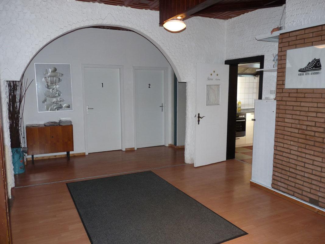 großer Raum vor der Küche
