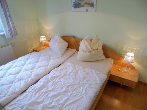 Elternschlafzimmer - hell und freundlich