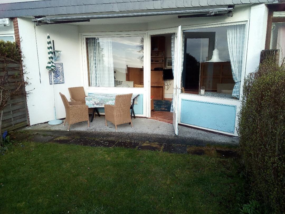 Wohnzimmer / Südgarten