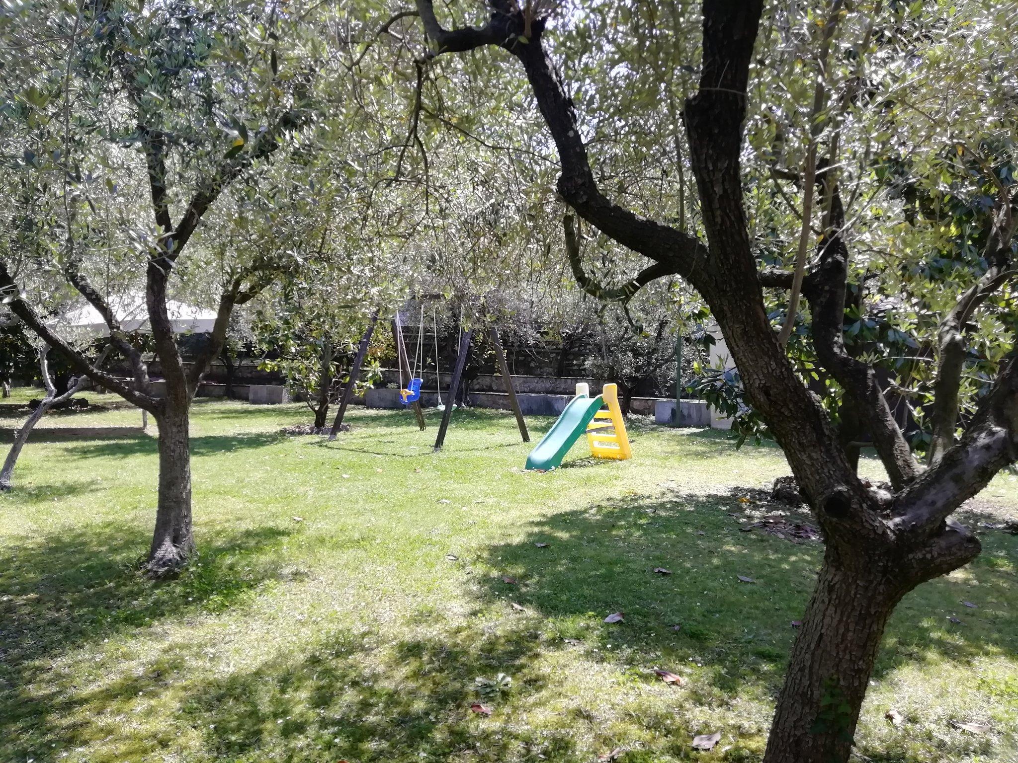 Garten (4000 qm) mit M�belgarten