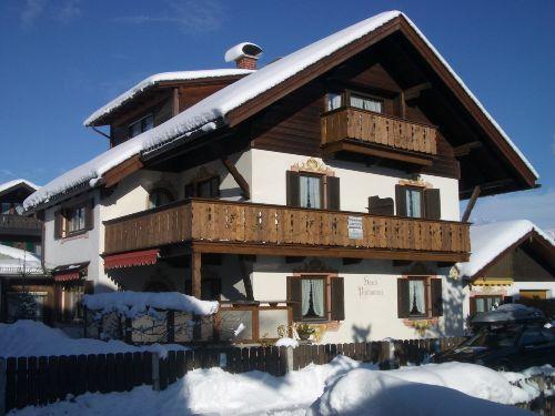 Haupthaus mit Ferienhäusl
