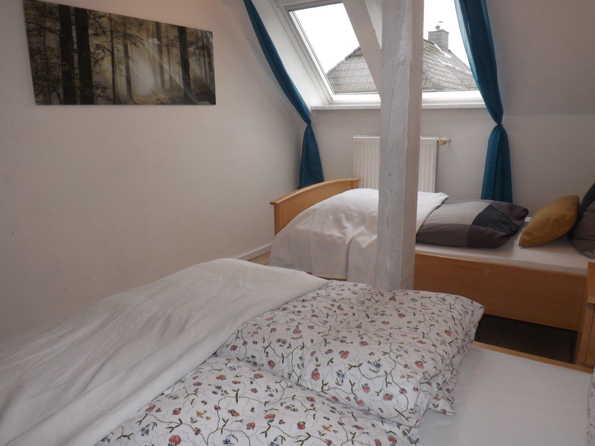 Duschbad mit 2 Waschbecken