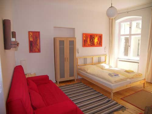 Sommerpension Fewo 11 Zimmer 1