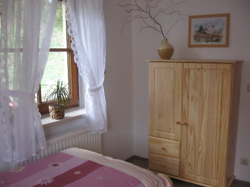 Zimmer unten mit 2 Einzelbetten