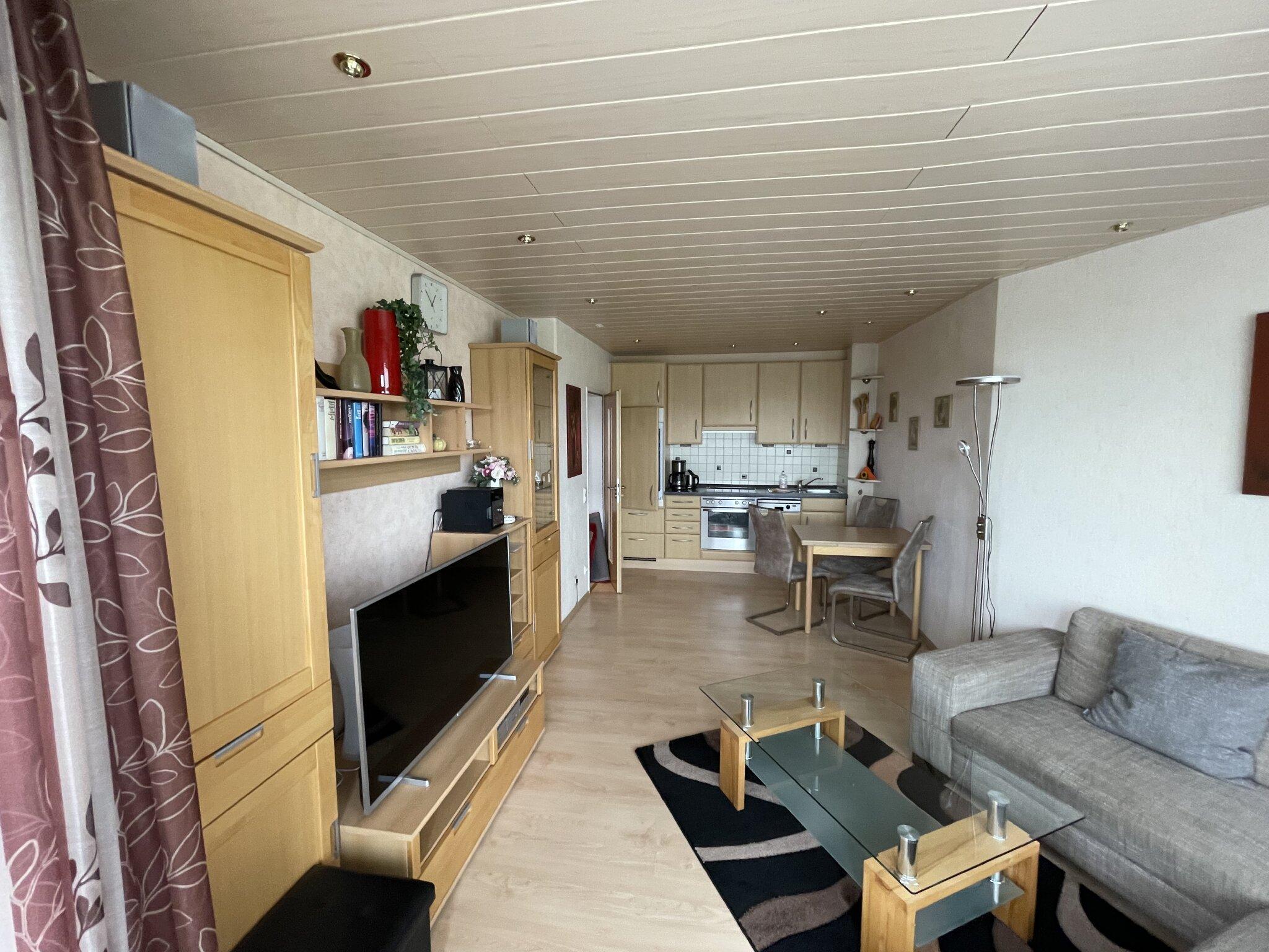 91 cm LCD Fernseher, DVD- Recorder, CD