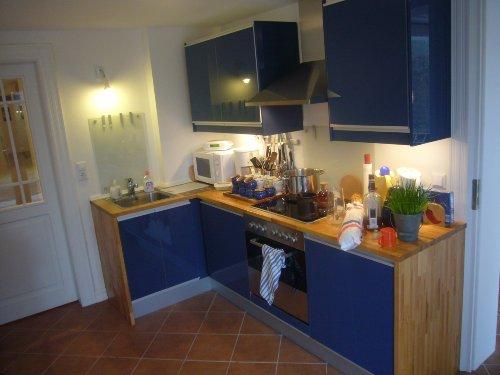 Große, moderne Küche - voll ausgestattet